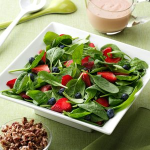 Berry Delightful Spinach Salad