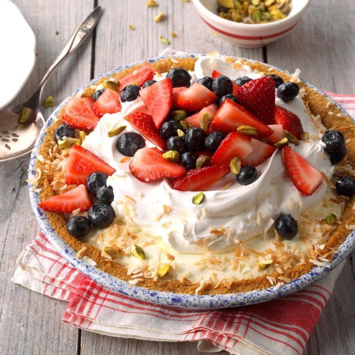 Berry Pistachio Pie