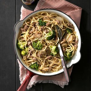 Broccoli Beef Lo Mein