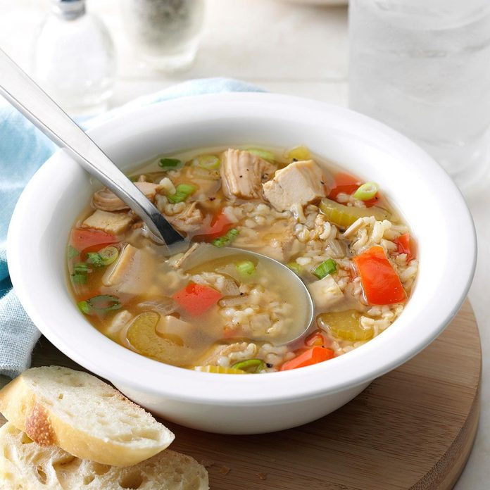Brown rice turkey soup