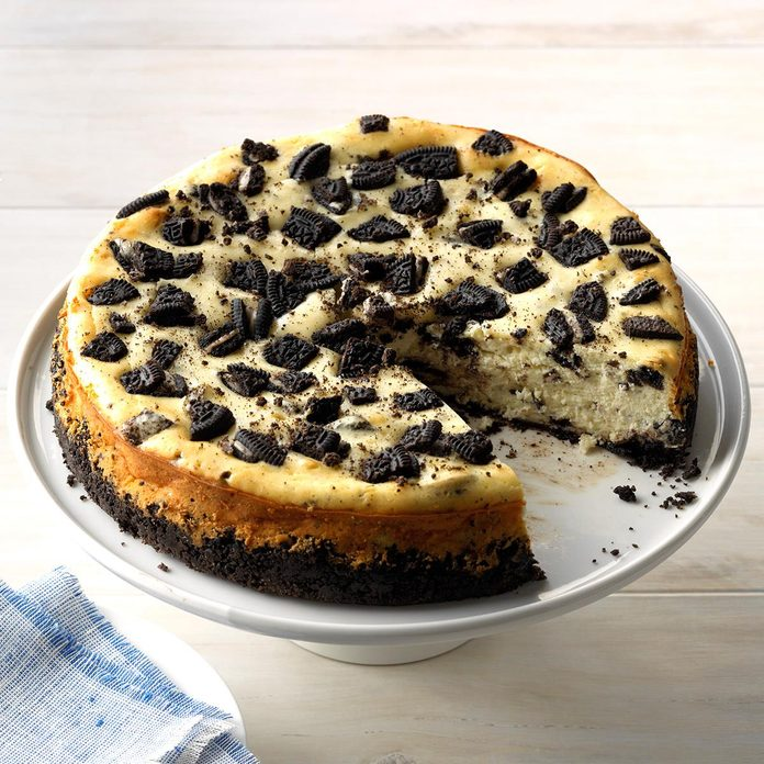 Inspired by: The Cheesecake Factorys Oreo Dream Extreme Cheesecake