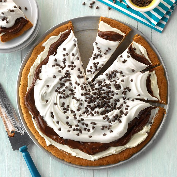 Chocolate Pudding Pizza