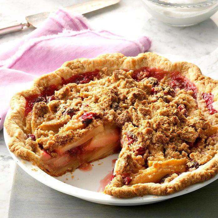 Cranberry Pear Crisp Pie
