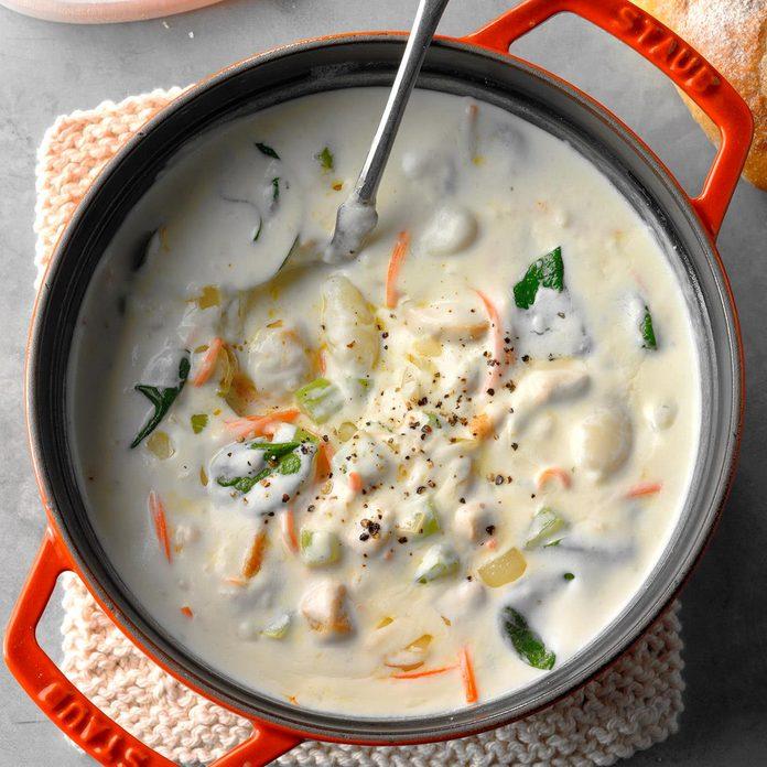 Inspired by: Olive Garden Chicken & Gnocchi Soup