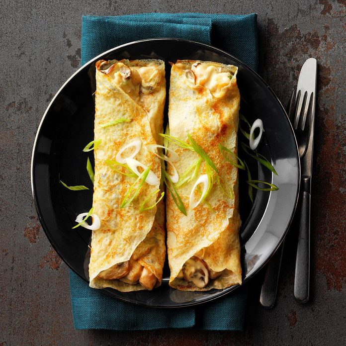 Creamy Scallop Crepes