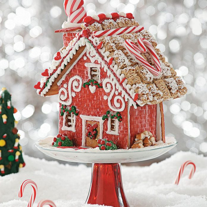 'Home Sweet Home' Gingerbread Cottage