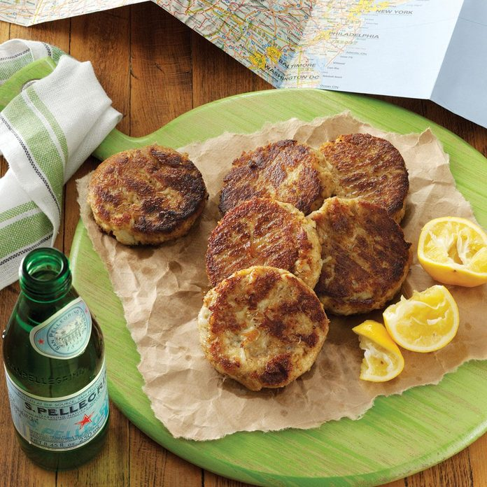 Delaware: Eastern Shore Crab Cakes