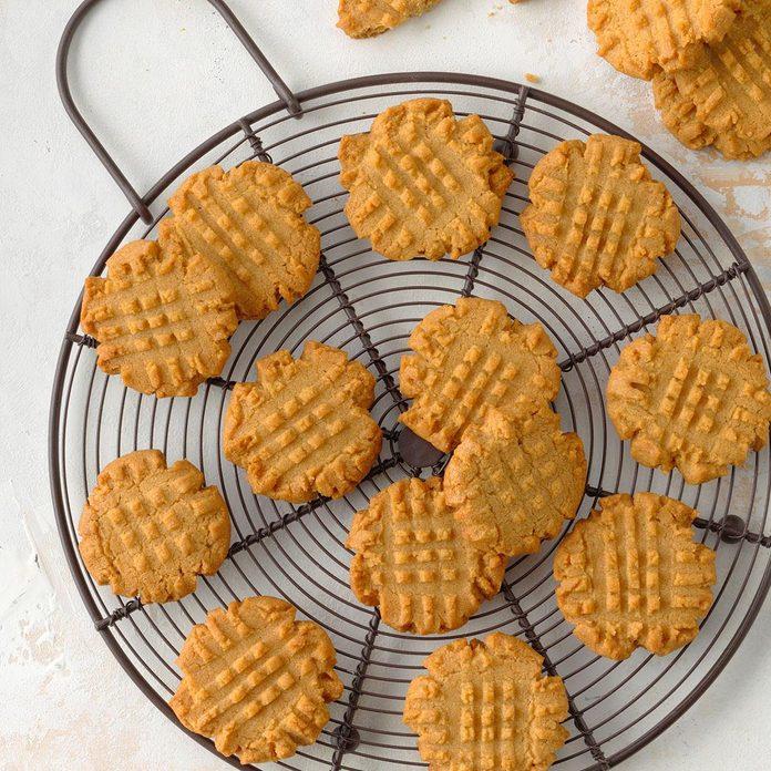 Beginner Baker: Flourless Peanut Butter Cookies