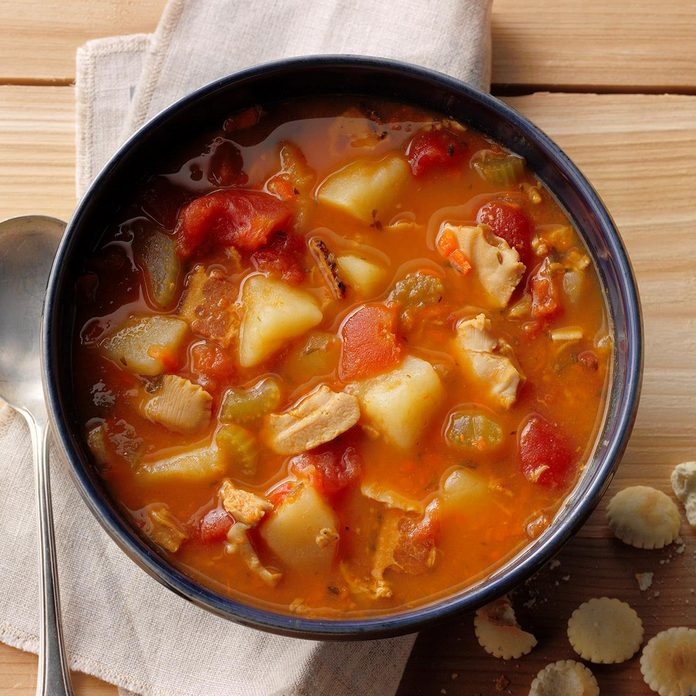 Hearty Manhattan Clam Chowder