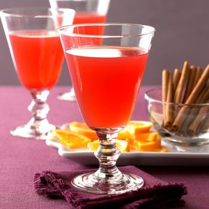 Hot Spiced Cranberry Drink