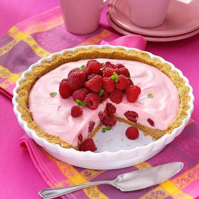 1965: Cranberry Mallow Pie