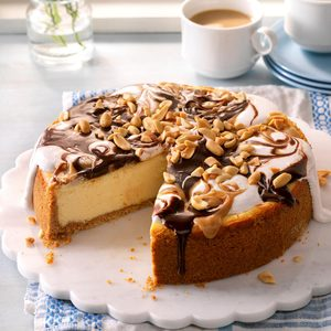 Peanut Butter Rocky Road Cheesecake