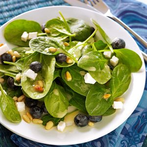 Quick Blueberry Spinach Salad