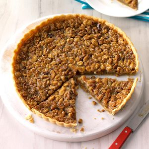 Salted Caramel Walnut Tart