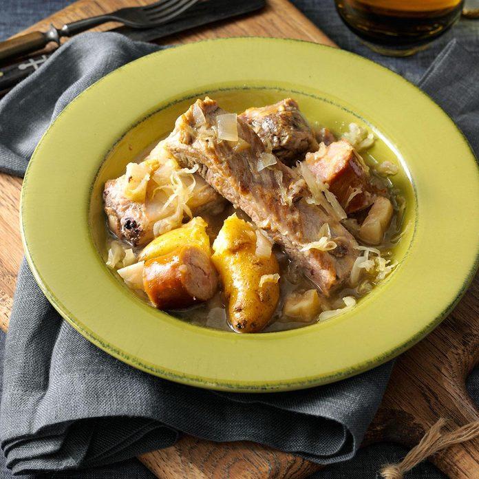 Simple Sparerib & Sauerkraut Supper
