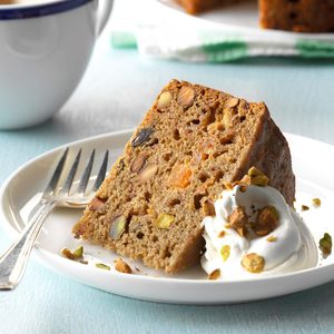 Slow-Cooker Mixed Fruit & Pistachio Cake