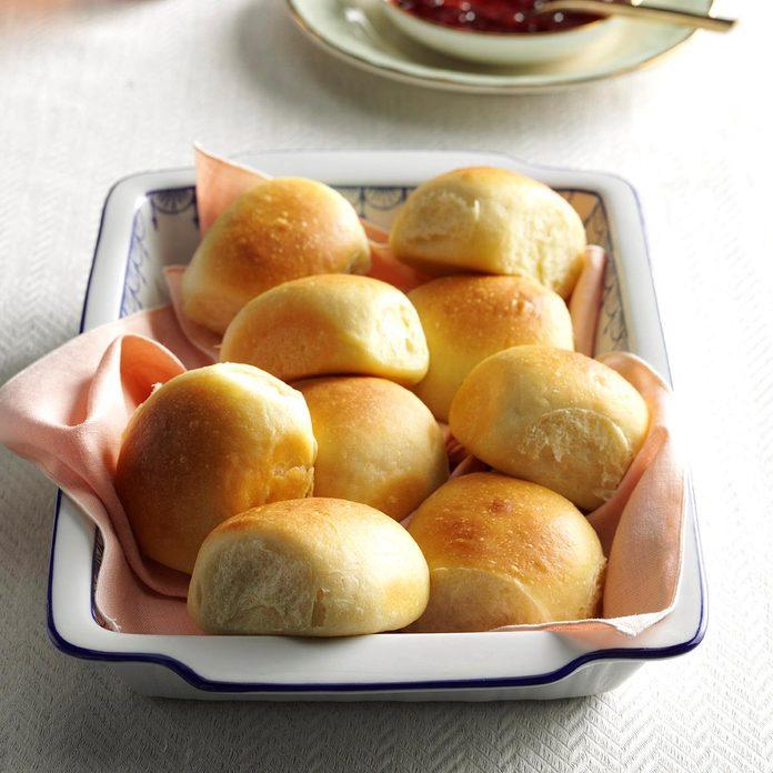 Idaho: Soft Buttermilk Dinner Rolls