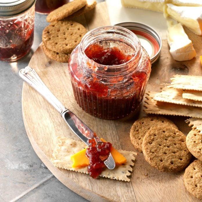 Spiced Cran-Apple and Grape Conserve