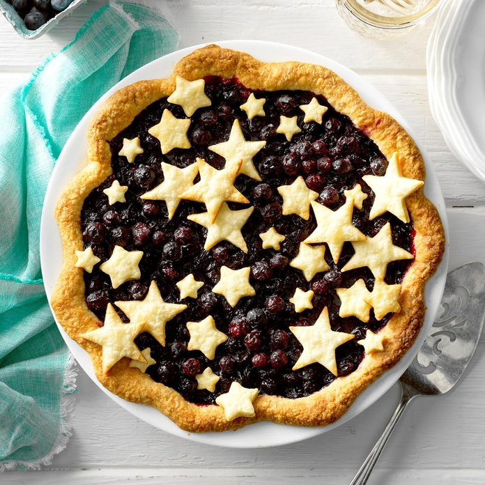 Star-Studded Blueberry Pie