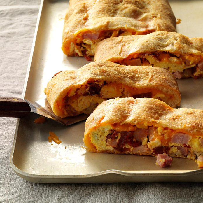 Stuffed Ham & Egg Bread
