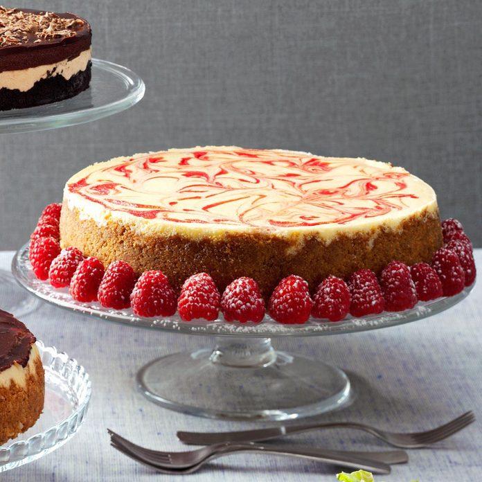 Swirled Raspberry & Chocolate Cheesecake