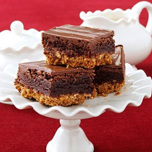 Triple-Layer Pretzel Brownies