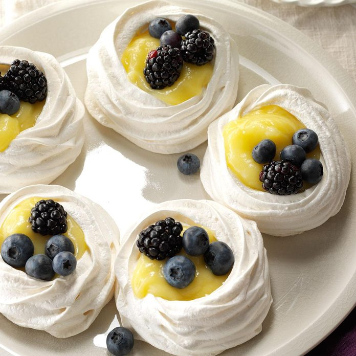 Inspired by: Meringue Case for Desserts