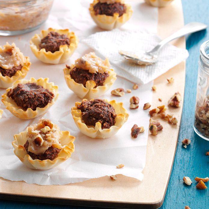 No-Bake Chocolate-Pecan Tartlets