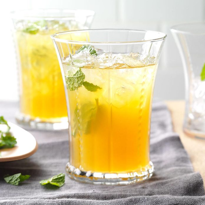 Apricot Lemonade Iced Tea
