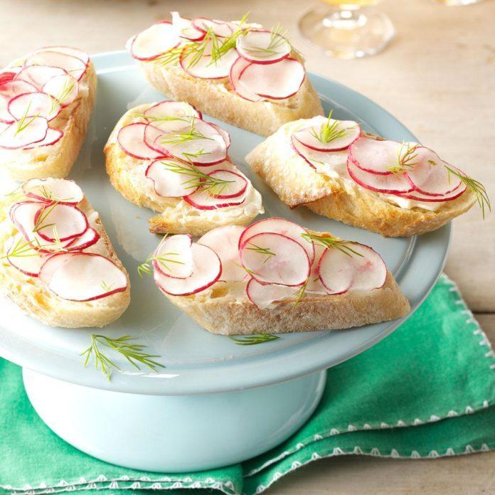 Buttery Radish Baguette