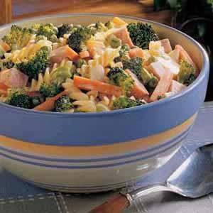 Creamy Vegetable Pasta Salad