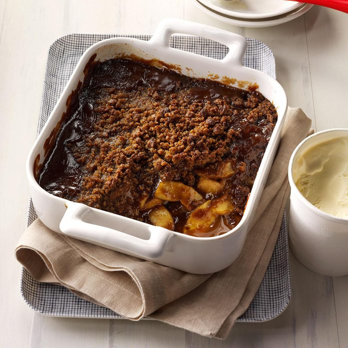 Gingersnap Rum Apple Crisp