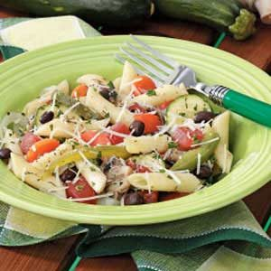 Penne with Veggies 'n' Black Beans