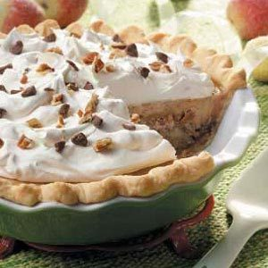 Taffy Apple Cheesecake Pie