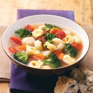 Veggie Tortellini Soup
