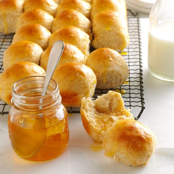Utah: Honey-Oat Pan Rolls