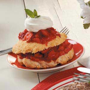 Easy Strawberry Shortcake