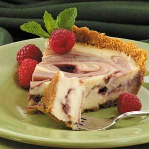 Raspberry Ribbon Cheesecake Pie