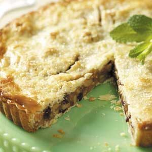 Flaky Cranberry Walnut Tart