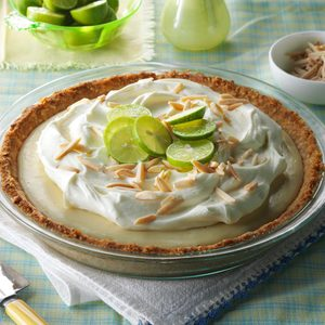 Marshmallow-Almond Key Lime Pie