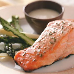 Grilled Salmon with Garlic Mayo for 2