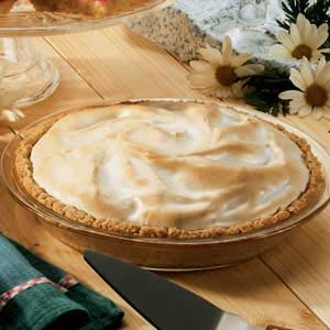 Meringue Rhubarb Pie