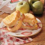 Apple-Ham Grilled Cheese