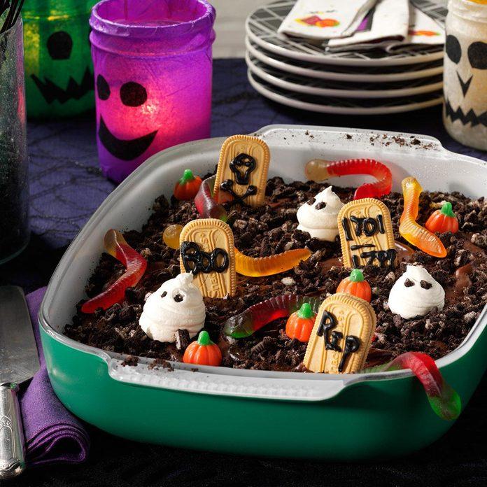 Spooky Snack: Graveyard Cake