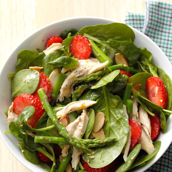 August 29: Asparagus Spinach Salad with Chicken