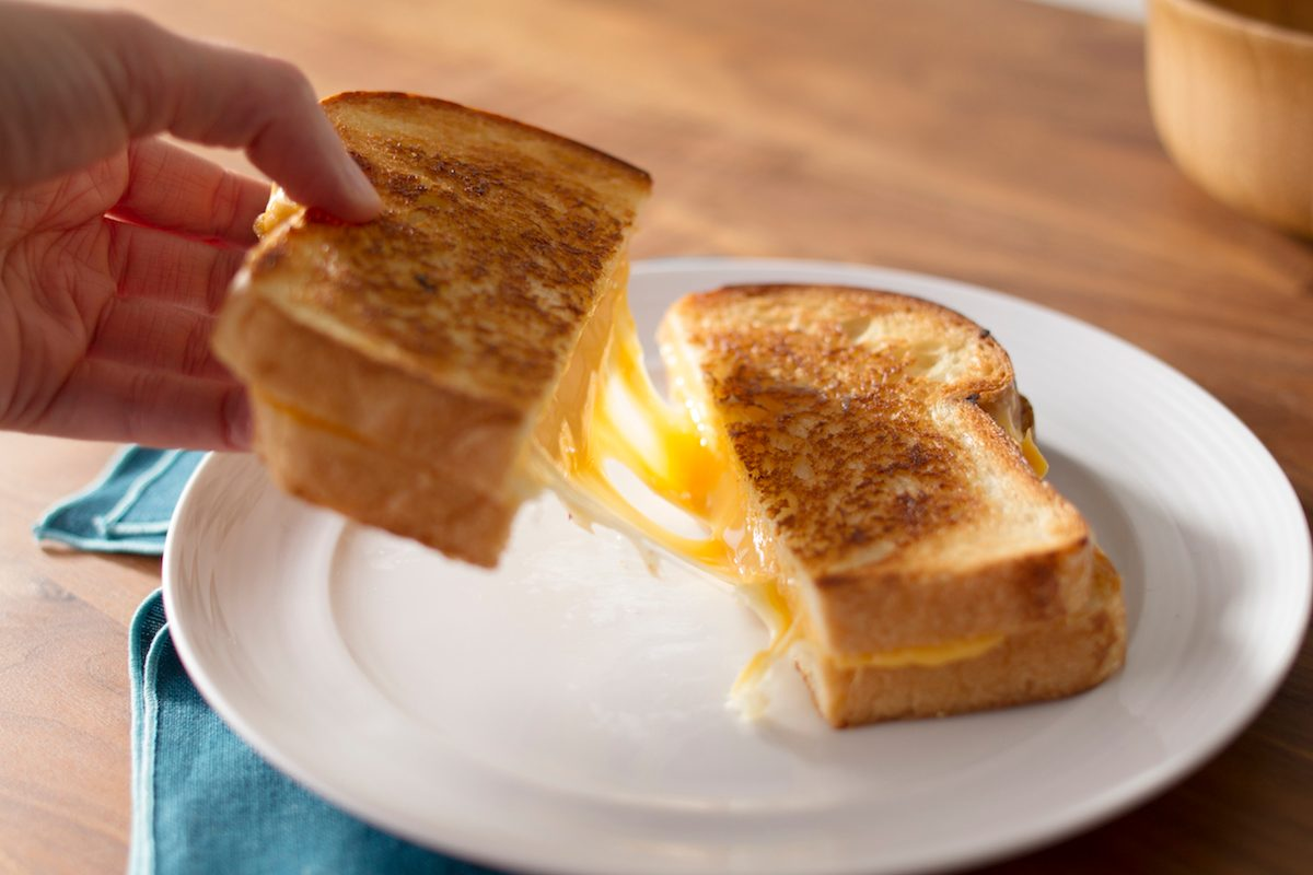 Grilled Cheese;Cheese Pull;American Cheese;Cheese