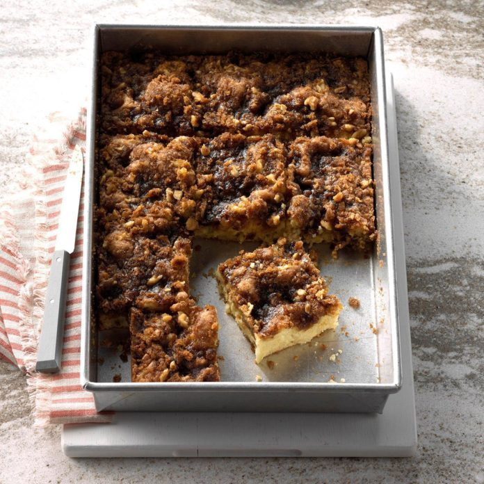 Pear and Apple Coffee Cake