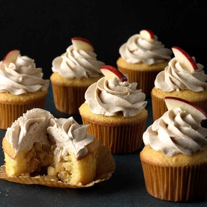 Apple Pie Cupcakes with Cinnamon Buttercream
