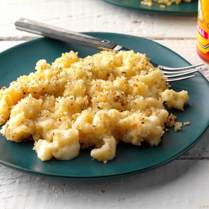 Crumb-Topped Macaroni and Cheese
