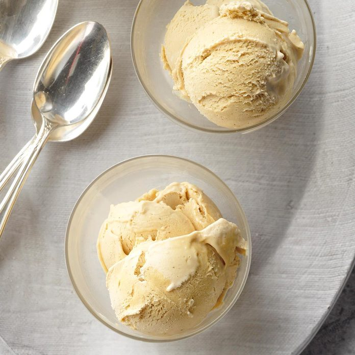 No-Churn Gingerbread Ice Cream